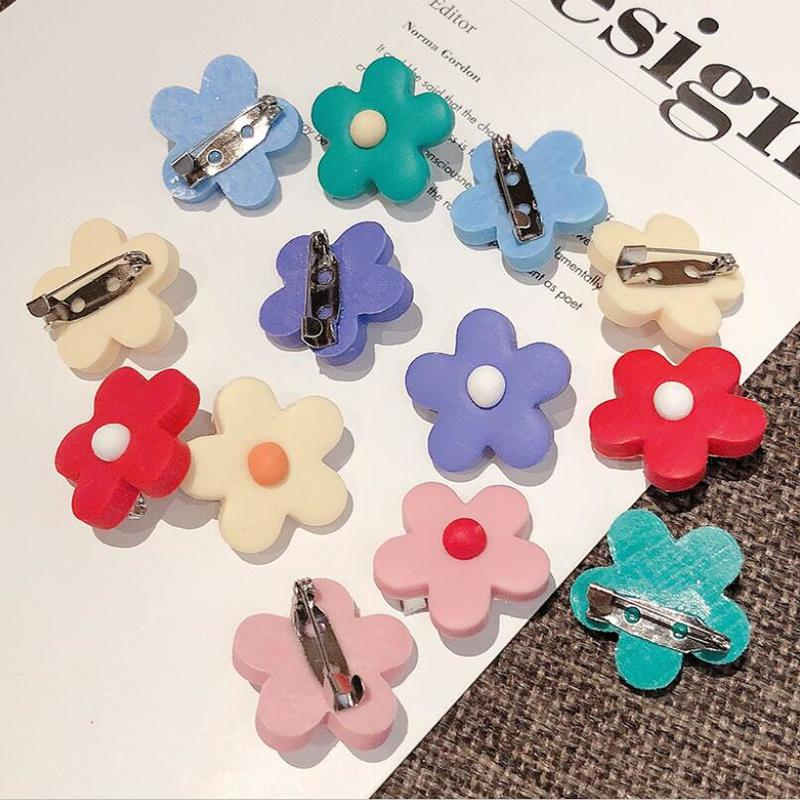 2Pcs Cartoon Jewelry Flower Lapel Pin Brooch Collar Pin Shirt Metal Brooch Badges Clothing Bags Accessories Children Brooches(China)