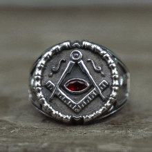 Mens Retro Freemason Symbol Stainless Steel Ring Red Crystal Masonic Rings Knights Templar Freemasonry Jewelry