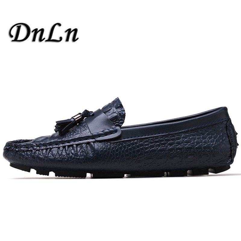 2018 Men Shoes Luxury Brand Patent Leather Casual Driving Oxfords Shoes Men Loafers Moccasins Italian Shoes For Men Flats D30 high quality genuine leather men shoes lace up casual shoes handmade driving shoes flats loafers for men oxfords shoes