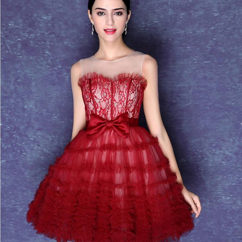 ruthshen Burgundy Short Prom Dresses 2018 Illusion Neck Lace Tulle Ball Gown  Mini Sexy Formal Cocktail Party Dress Gowns-in Prom Dresses from Weddings  ... b76dd656f424