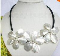 Barok bloom beyaz İnci seashell gerdanlık deri kolye j7458 Fabrika Toptan fiyat Kadınlar Giftword Takı
