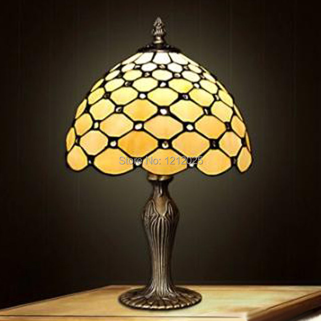 Antique Tiffany Style Beads Table Lamp Bedroom Bedside Lights Stained Gl Lampshade Indoor Lighting Hand Crafts