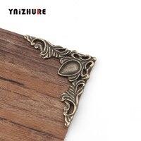 40*40mm 4 pces filigrana triângulo flor envolve cabochão  bronze antigo tom canto  flatback metal enfeites scrapbooking