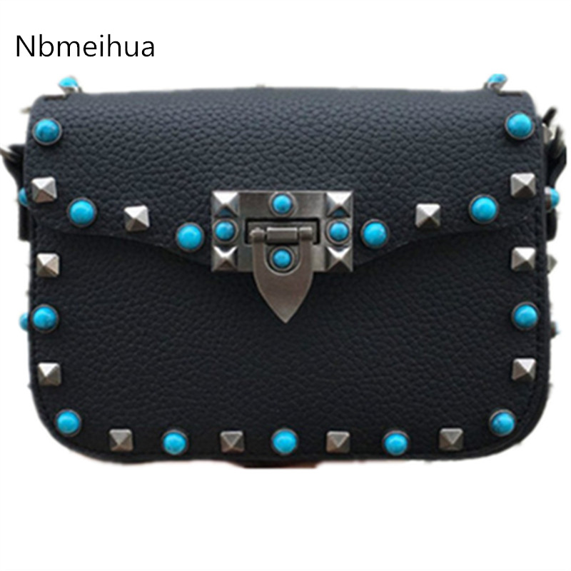 Bag / 2016 new singles shoulder bag color wide strap rivet lock handbag Messenger packet retro small square package every new small package special offer hit color box package fashion lock small bag shoulder bag in early autumn