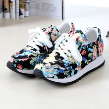 Breathable Woman casual shoes 2016 New Arrivals canvas print wedges shoes