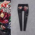 2017 resorte mujeres de la marca de moda de lujo en tres dimensiones flores jeans Delgado lentejuelas delgadas pies lápiz pantalones de las mujeres