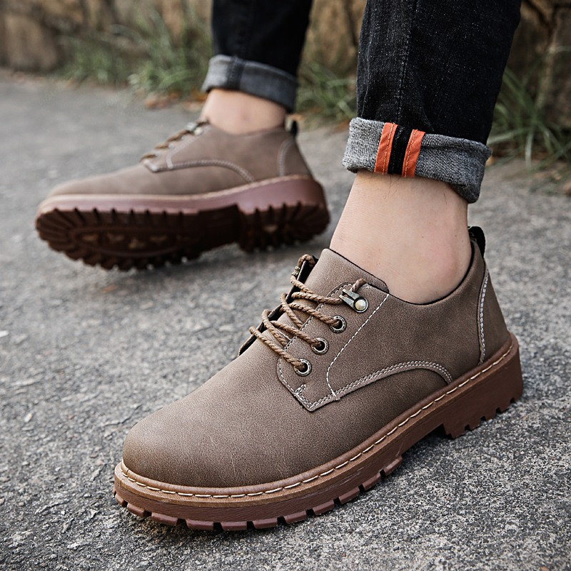 Autumn Winter Men Leather Shoes Botas Hombre Vintage Style Men Shoes Casual Fashion Low Top Lace-up Martin Shoes Bota Masculina
