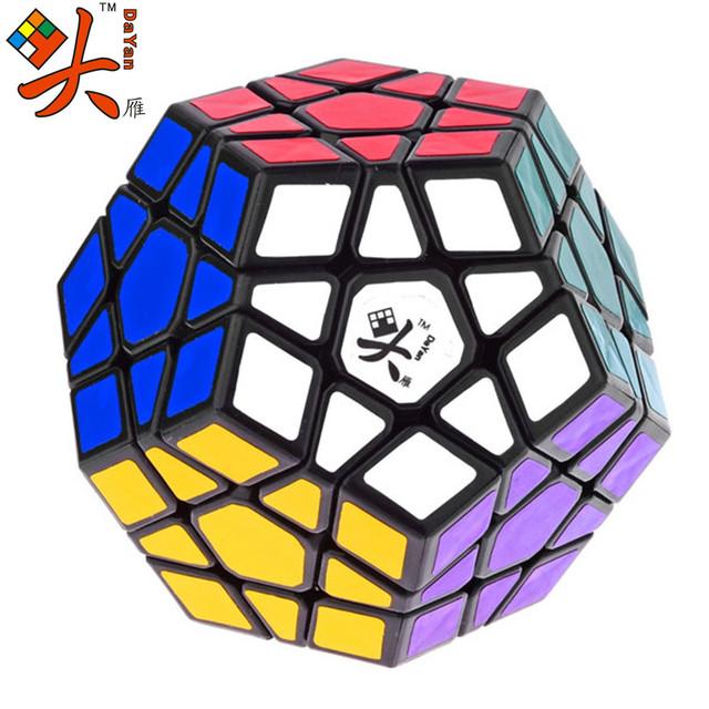 Stickerless DaYan Megaminx 1 eje 3-rank Dodecahedron Cubo Mágico Speed Puzzle Cubos Juguetes Educativos para Los Niños Embroma el Regalo