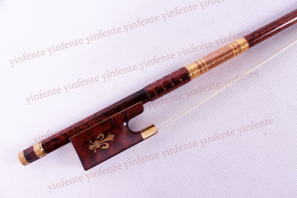 One 4/4 Violin Bow SnakeWood Bow string Golden Color Flower inlaid Pattern free shipping 4 4 size 430c pernambuco cello bow high quality ebony frog with shield pattern white hair violin parts accessories