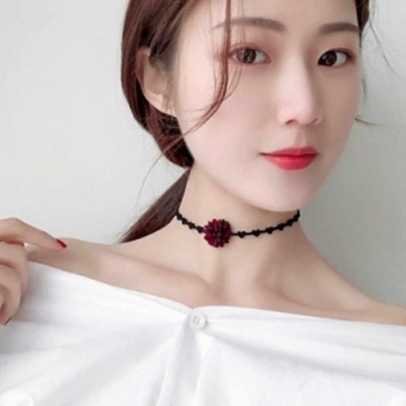2019 جديد وصول حار كوريا بسيطة شخصية البرية الزهور قصيرة سلسلة قصيرة تصل إلى عظمة الترقوة الرقبة حزام طوق kolye