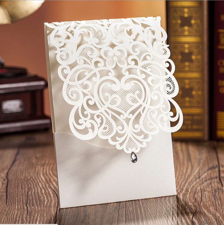 Wishmade White Laser Cut Wedding Invitations Cards With Rhinestone Vintage Flower Personalized Printable Party Supplies 100pcs in Cards Invitations from Home Garden