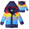 Розничная 2015 Детей Зимой Толстые Верхняя Одежда Пальто полосатый цвет мальчиков хлопка-ватник, Дети утка вниз пальто хлопка 3-8yrs