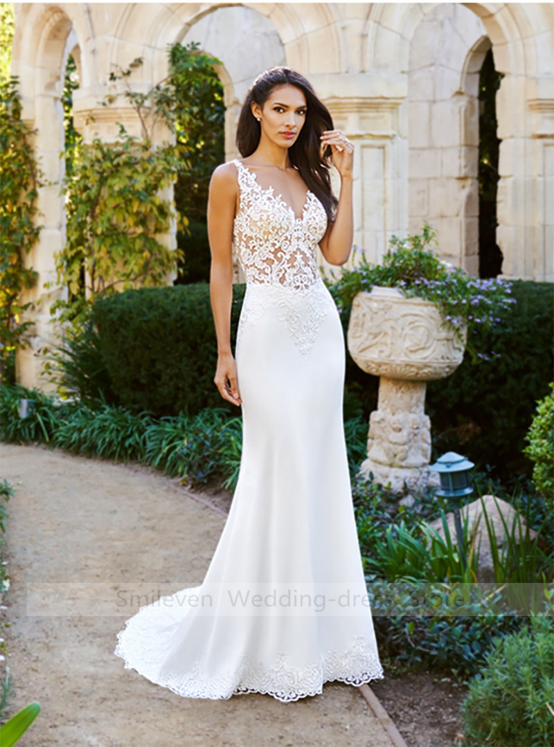 2019 Sexy Lace Mermaid Wedding Dress V Neck Bride Dress Sleeveless Appliques Long Wedding Gowns Robe De Mariage Free shipping in Wedding Dresses from Weddings Events