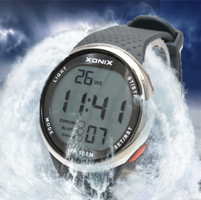 XONIX Fashion Men Sports Watches Waterproof 100m Outdoor Fun Digital Watch Swimming Diving Wristwatch Reloj Hombre Montre Homme