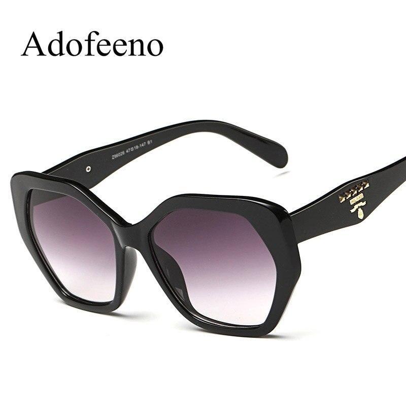 73743ee0a8 Adofeeno moda a estrenar Gafas de sol mujeres marca diseñador de  revestimiento Sol Gafas retro clásico