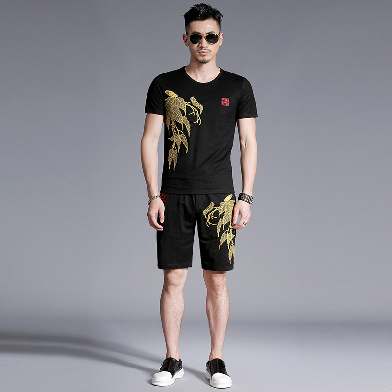 Chinese style embroidery leaves pattern fashion casual t shirt and shorts set Summer 2018 New quality cotton linen tracksuit men