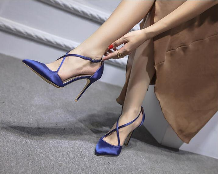Celebrity Sexy Silk Ladies Shoes Cross Tied Buck Strap Pumps Women Shoes Pointed Toe 10cm Black Red High Heels Sapato Feminino