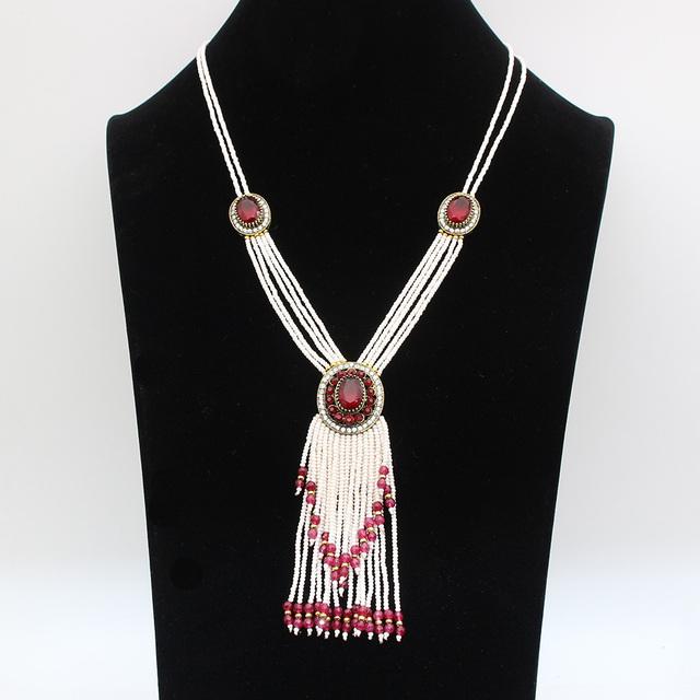 Las Mujeres de lujo Del Grano Multi-nivel de Turco de La Borla Collar Largo Suéter Cadena de Perlas de Resina Collar Colgante de Nigeria Joyería Nupcial