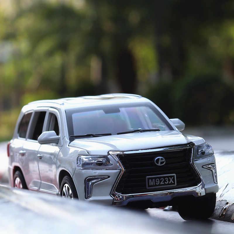 1:32 Lexus LX570 Suara dan Cahaya Belt Pull-Back Kendaraan Simulasi Paduan Model Mobil Dekorasi Kerajinan Koleksi Alat Mainan
