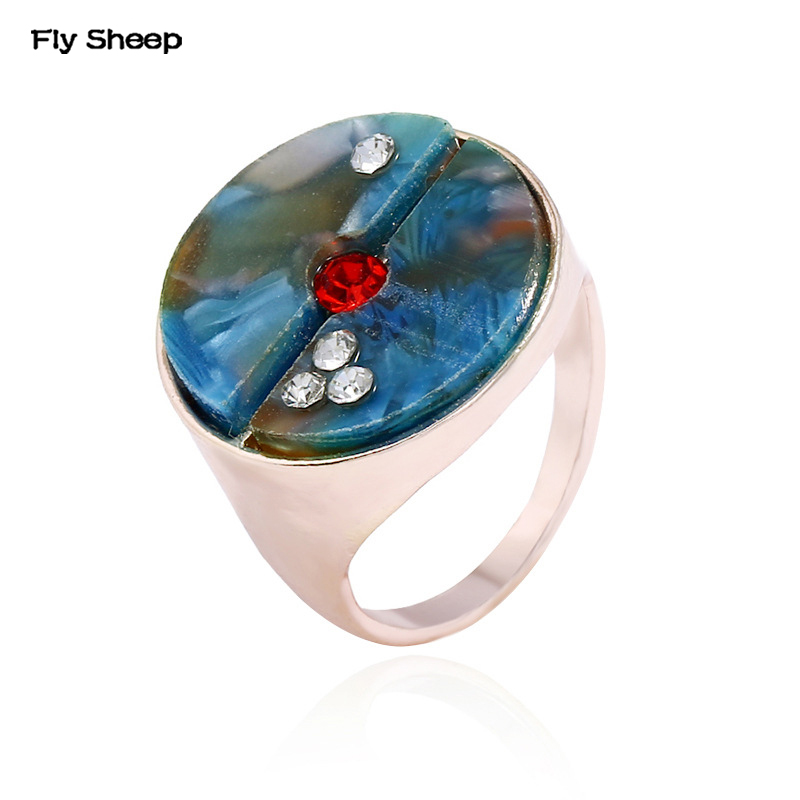 2018 New Personality Metal Gems Paved Rings Antique Metal Carving Pattern Ring Female Fashion Jewelry Wholesale Price