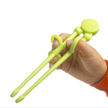 1 Pair Hot Sale Multi Color Cute Learning Training Chopsticks For Kids Children Chinese Chopstick Learner Gifts humanized design learning training chopsticks for beginner random color pair