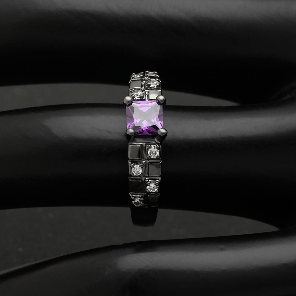 Lady Simple Rings Classics Square Purple Cubic Zircon Rings Black Gold Color Rings For Women Engagement Wedding Party Jewelry in Wedding Bands from Jewelry Accessories