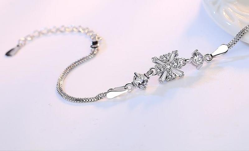 Everoyal Trendy Silver 925 Women Bracelets Jewelry New Fashion Crystal Snowflake Bracelet For Girls Accessories Lady Festival in Charm Bracelets from Jewelry Accessories