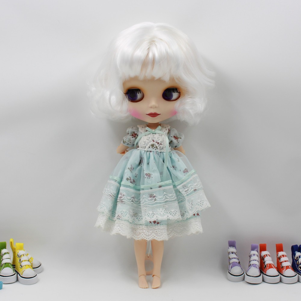 Neo Blythe Doll with White Hair, White Skin, Matte Face & Jointed Body 5