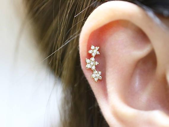 Online 2018 New 16gauge Triple Cz Flower Tragus Cartilage Helix Conch Daith Piercing Earring Stud Body Jewelry Aliexpress Mobile