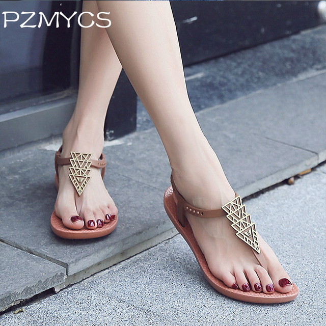 d5cd5cbab2006f PZMYCS 2018 Summer Flat Sandals Ladies Bohemia Beach Flip Flops Shoes  Gladiator Women Shoes Sandles slippers