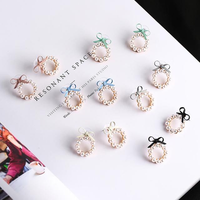 Geometry Circle Simulated Pearl Stud Earrings