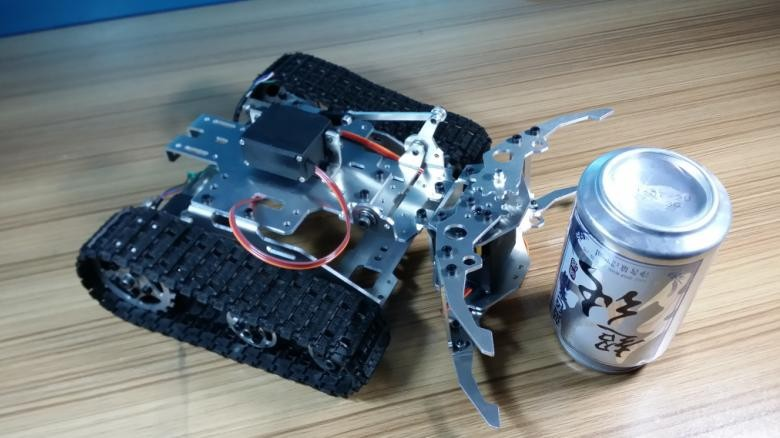 Tank Chassis with Mechanical Claw, Smart Car, Tracked Chassis, Tracked Vehicles, Tank Robots,Gripping Car,DIY Toy ,RC Tank Robot 138t tracked robot tank chassis rc smart crawler tank platform cross obstacle machine with max load 20kg
