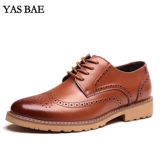 a92730a352 China marca designer britânico Oxford brogues Calçados Masculinos Baratos  italiano europeu estilo de moda de couro