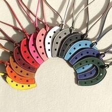 Luxury Famous Brand Designer Horse Hoof Horseshoe Genuine Leather Keychain Pendant Key Chain Girls Women Bag Charm Accessories