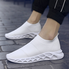 2019New Arrival Slip On Sock Shoes Men Non-slip Breathable Soft Man Fashion Outdoor Footwear Male Light Flying Woven39~44
