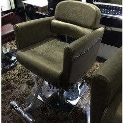 كرسي جديد فاخر على الطراز الأوروبي. صالونات الشعر مخصص مقعد تصفيف الشعر. كرسي حلاقة. كرسي حلاق