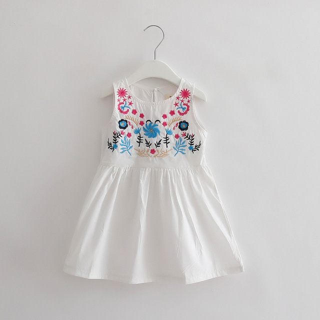 TTN 2017 New  Summer Girls Dress National Style Embroidered Flower Childrens Dress Spring Children's Clothing for 2-6Y
