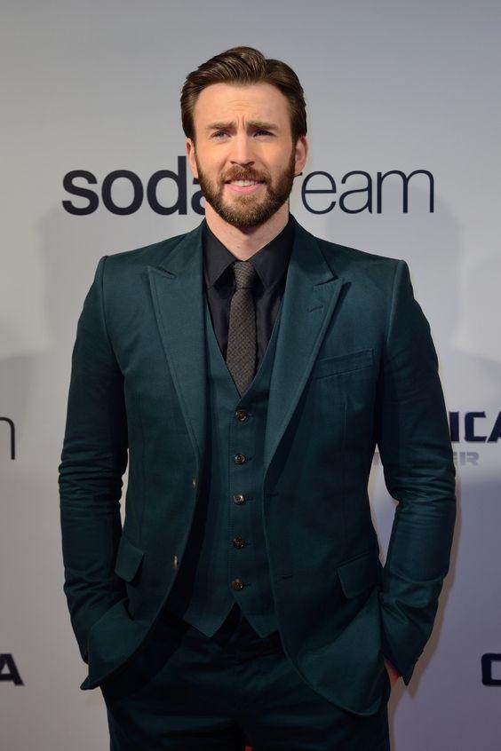 2017 Latest Coat Pant Designs Green Prom Men Suit Slim Fit 3 Piece Tuxedo Custom Suit Fashion Groom Party Blazer Terno Masuclino