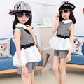 2017 девушки детей шорты устанавливает девушки одежда наборы лето 2 шт костюм без рукавов белый mesh лоскутная жилет dress и шорты наборы