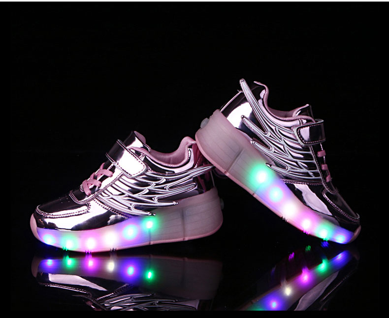 New Kids Black Glowing Sneakers With Wheels Boys Girls Automatic LED Light Roller Skates Shoes Child  tenis de rodinha