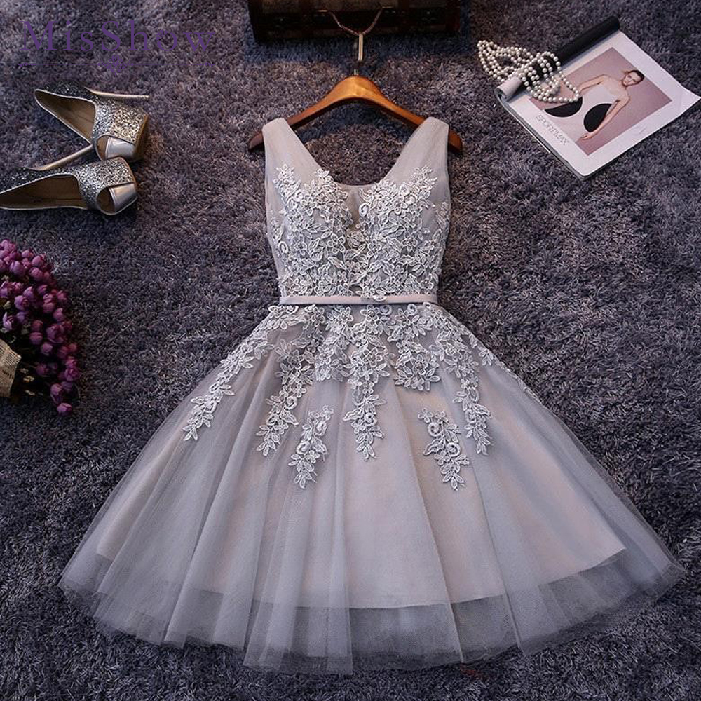 Silver Short Evening Dress 2019 Sexy Lace Applique Formal Party Gown Elegant V Neck Sleeveless Robe De Soiree
