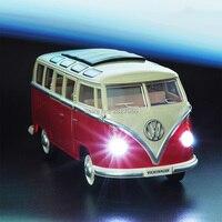 1:24 сплава литья под давлением автомобилей VW Классическая микроавтобус вытяните назад автомобиль игрушки Mini Van автобус со светящимися фарам...