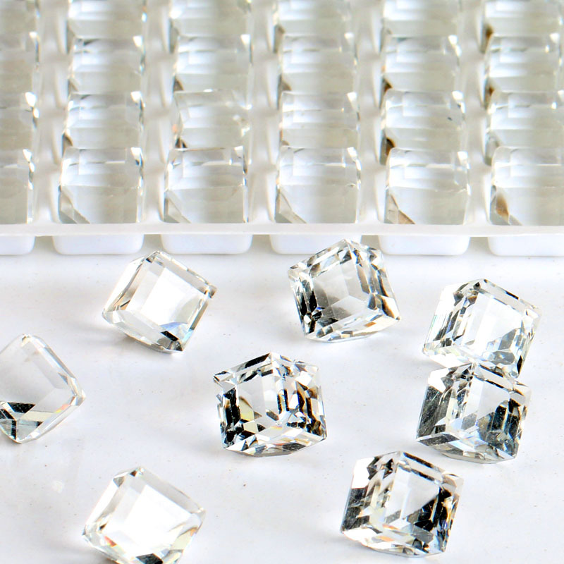 High grade jewelry accessories white Cube shaped Pointed bottom glass crystal rhinestones apply to DIY Watch and dress 50pcs