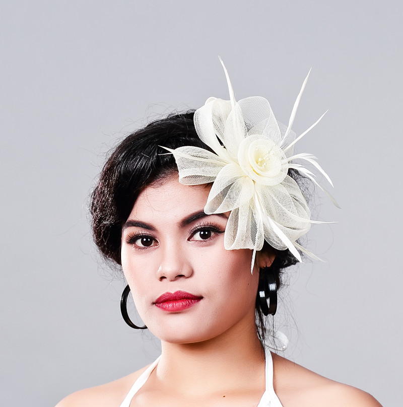 Free Shipping Women Fancy Feather Fascinator Hat Beige Wedding Hats and Fascinators White Net Hair Accessories for Bridal Woman
