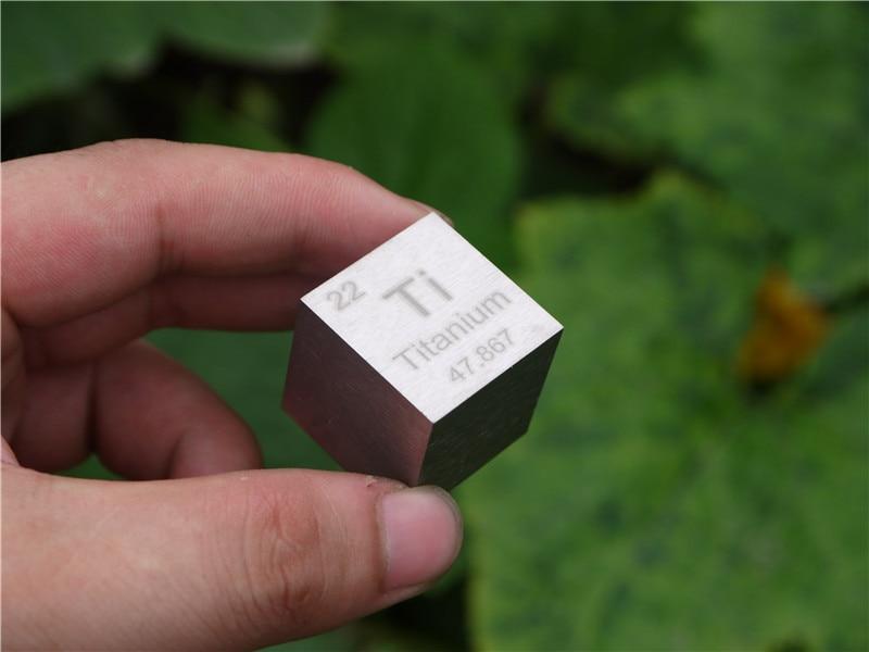 Titanium  cubic square inch cube Paperweight cycle phenotype Ti = 99.5%Titanium  cubic square inch cube Paperweight cycle phenotype Ti = 99.5%