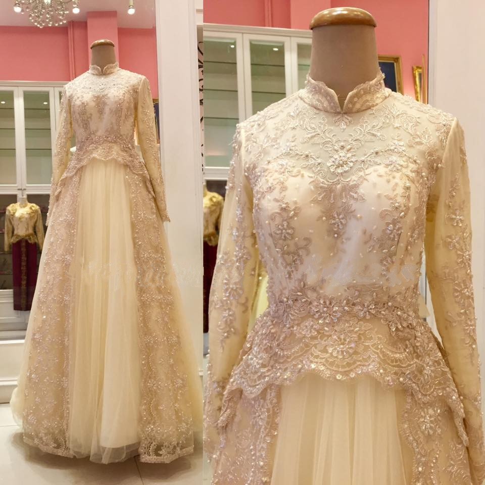 gold sparkle and glitter wedding dresses gold dress for wedding Gold Wedding Dresses 14 Gold Sparkle and Glitter Wedding Dresses