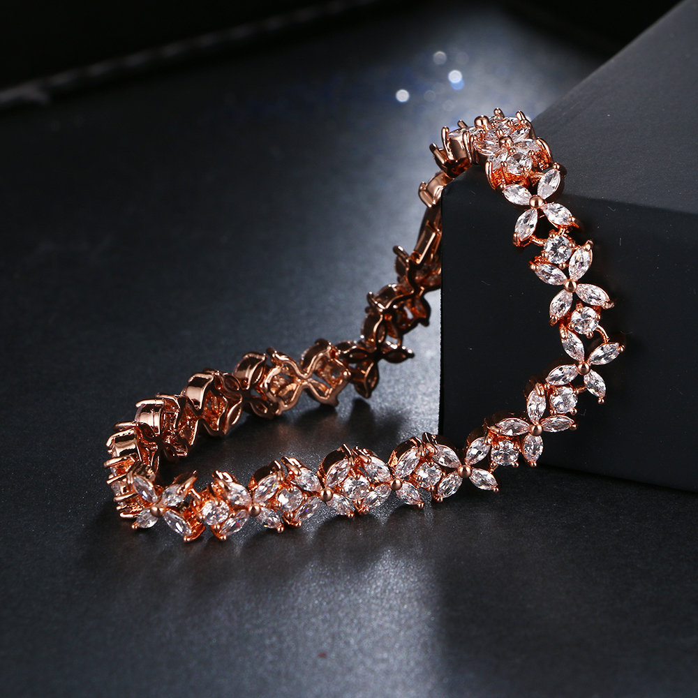 98a82acbd6 Fashion Flower Design Cubic Zircon Bracelets Luxury Wedding Bracelet ...