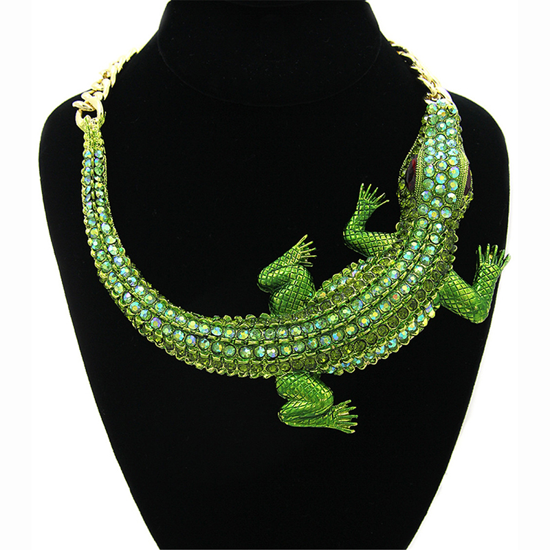 YD YDBZ New Punk Pendant Necklaces Crocodile Necklace Halloween Decoration Jewelry Hip Hop Party Bohemia Chokers Bijouterie 2019 in Pendant Necklaces from Jewelry Accessories