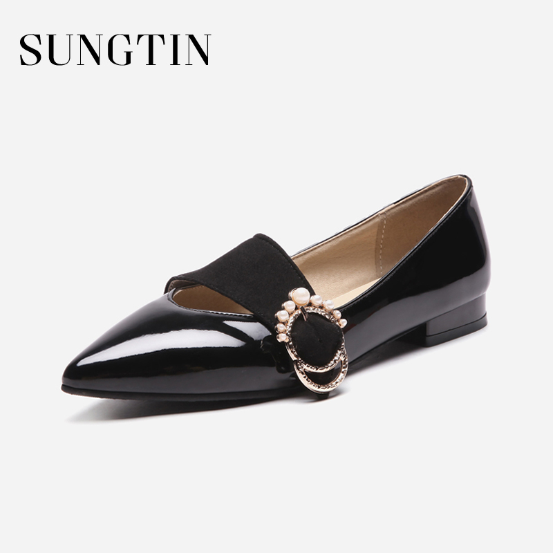Sungtin 2018 New Design Pearl Flats Women Casual Slip-On Patent Leather Shoes Ladies Sexy Pointed Toe Flats Spring Autumn odetina 2017 new women pointed metal toe loafers women ballerina flats black ladies slip on flats plus size spring casual shoes