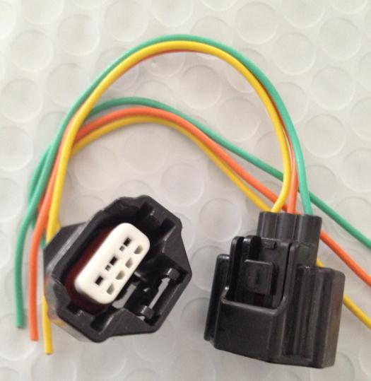 1PCS FOR Mitsubishi pressure sensor plug / import original 3-pin Sumitomo / car connector / harness connector original 6609122 3 connector